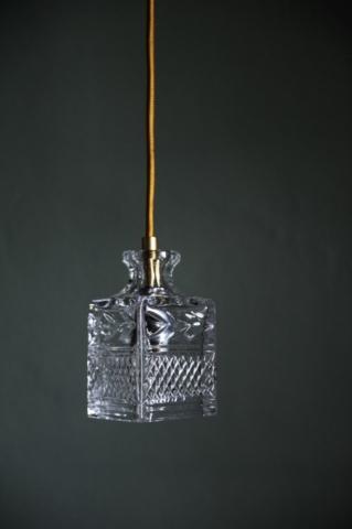 Wie eine schicke Glas-Karaffe - Designer Lampen von ebb & flow