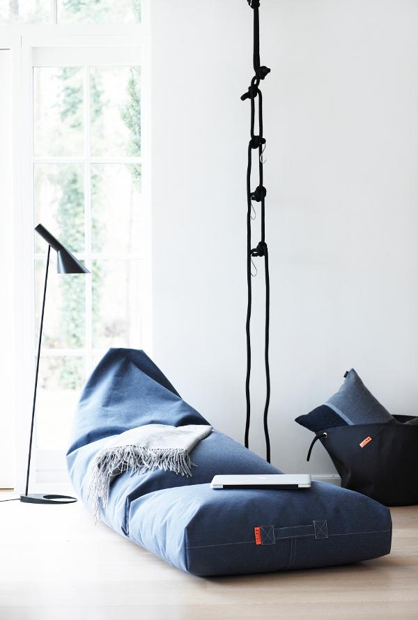bequeme Sitzkissen Felix in blau von Trimm Copenhagen