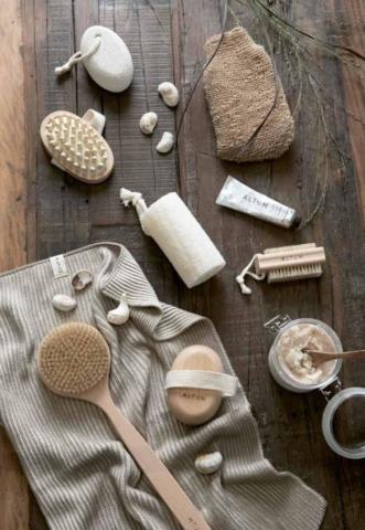 Badaccessoires, Seifen und Gästetücher