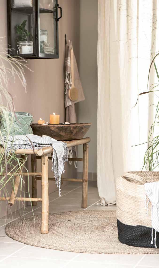 Badmöbel, Seifen und Gästetücher aus Skandinavien von Ib Laursen