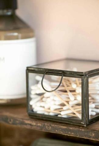 Glasboxen, Seifen und Gästetücher aus Skandinavien von Ib Laursen