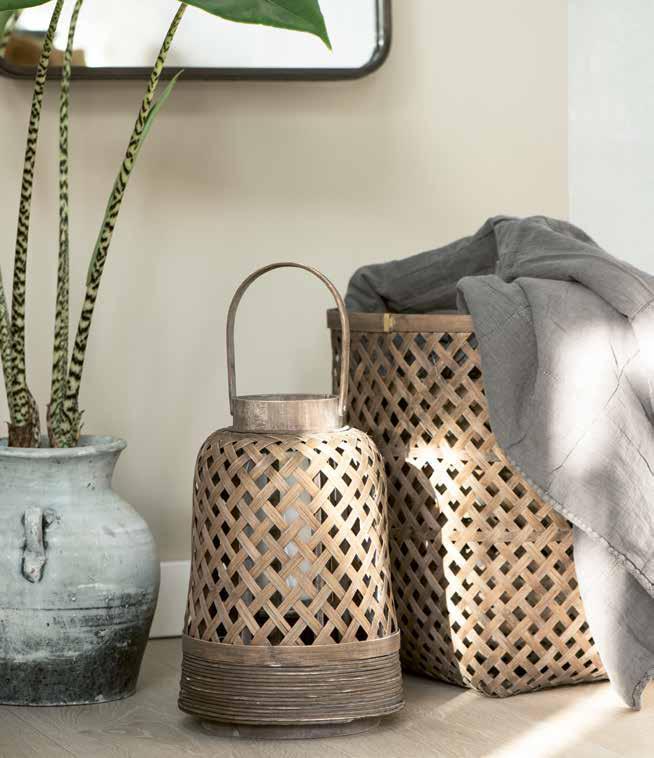 Lichter und Körbe aus Bambus