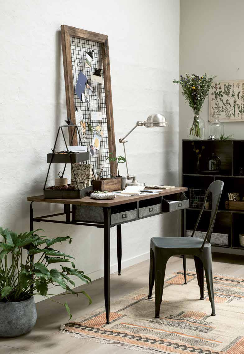 Shabby Style Schreibtischordnung für das Büro