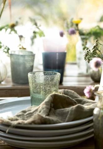 Porzellan und Gläser von IbLaursen