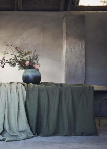 Tischdekoration und Tischdecken