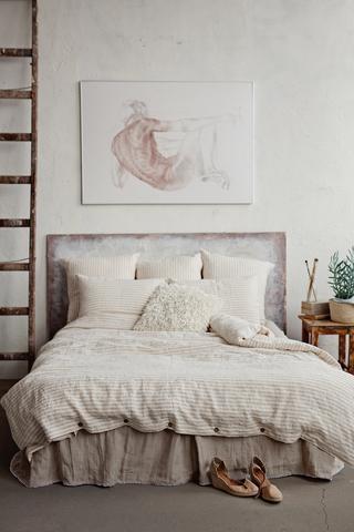Bettlaken, Vorhänge und Tischdecken von MagicLinen aus Skandinavien