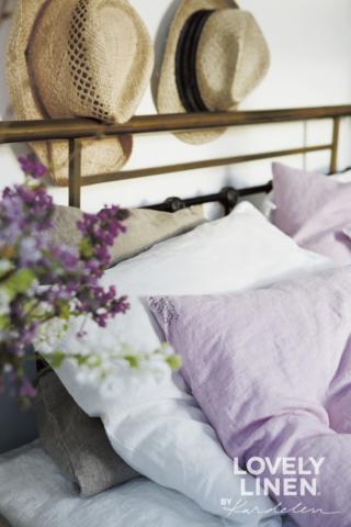 LovelyLinen Fruehling mit bunter Bettwäsche aus hochwertigem Leinen