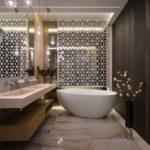 Badezimmerbeleuchtung von ebb und flow, crystal futura