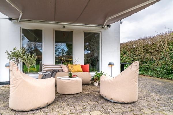 Garten Accessoires Lounge Social Terrace Outdoor Online Shop aus Steinboden