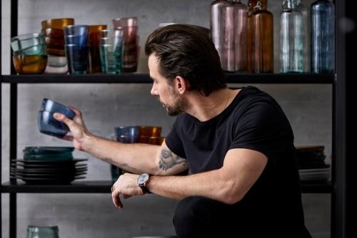 Bitz - Glasflaschen und Trinkgläsern für den Esstisch