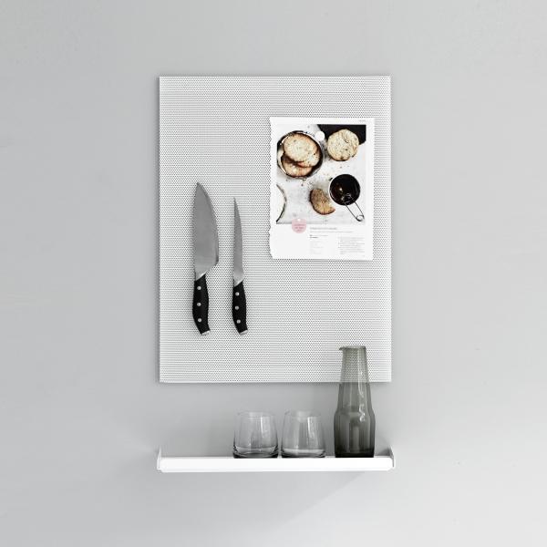 Wandregal aus Metall in weiß von Anne Linde für die moderne Küche