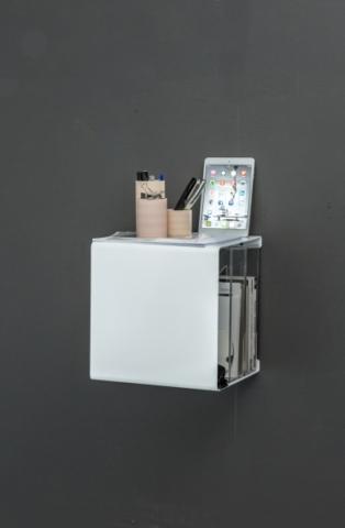 Wandregal aus Metall in weiß von Anne Linde für IPhone und Accessoires
