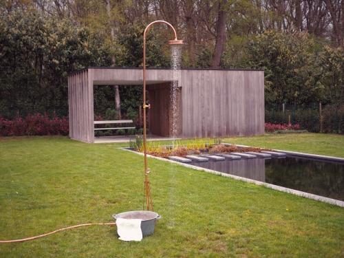 DIY Gartendusche zum selbst aufbauen am Gartenteich