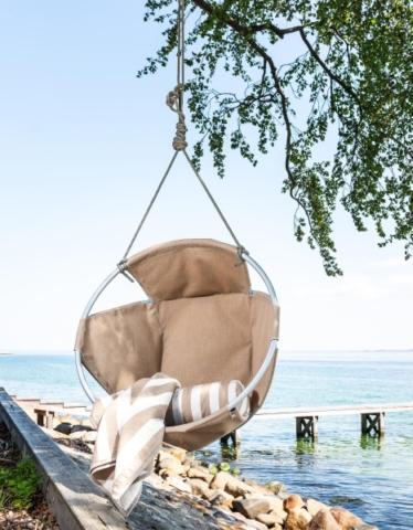 Der Baumstuhl Cocoon Chair zum relaxen.